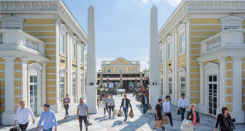 Designer Outlet Parndorf Quelle:  Allianz Real Estate